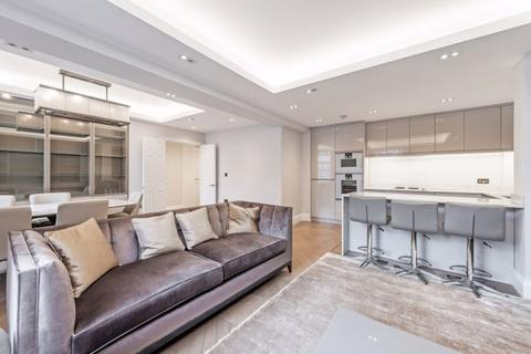 2 bedroom apartment to rent - Hertford Street, Mayfair, W1J