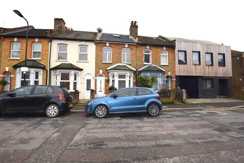 4 bedroom terraced house to rent - Coopers Lane, Leyton