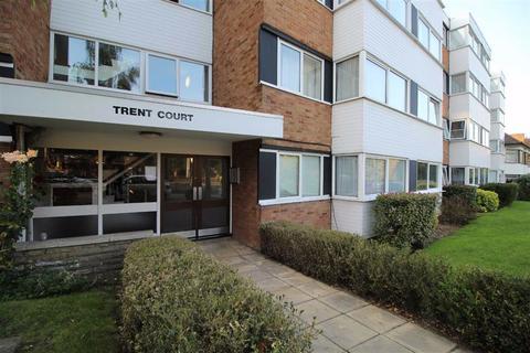 2 bedroom flat to rent - New Wanstead Road, Wanstead, Greater London