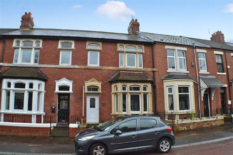 3 bedroom terraced house to rent - Queen Alexandra Road, North Shields
