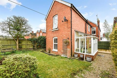 2 bedroom maisonette for sale - Old Winton Road, Andover