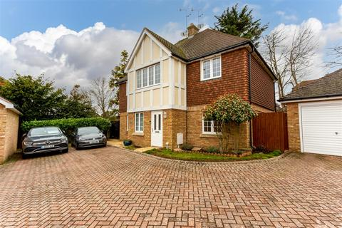 2 bedroom maisonette for sale - Willow Close, Banstead