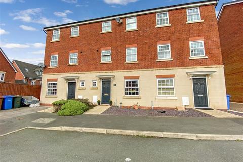 4 bedroom townhouse for sale - Lancers Close, Buckshaw Village, Chorley