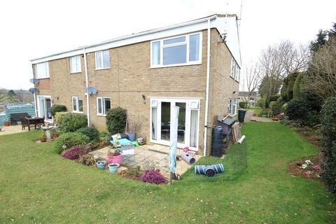 2 bedroom ground floor flat for sale - The Willows , Little Harrowden, Wellingborough, Northamptonshire. NN9 5BJ