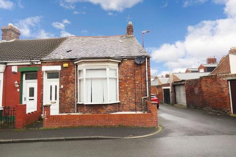 2 bedroom terraced house for sale - Guildford Street, Hendon, Sunderland, Tyne and Wear, SR2 8JQ