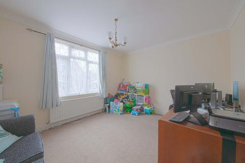 2 bedroom semi-detached house to rent - Courthouse Road, , Maidenhead, SL6 6JA