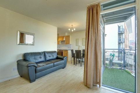 1 bedroom flat for sale - Fishguard Way, Docklands, London, E16 2RZ