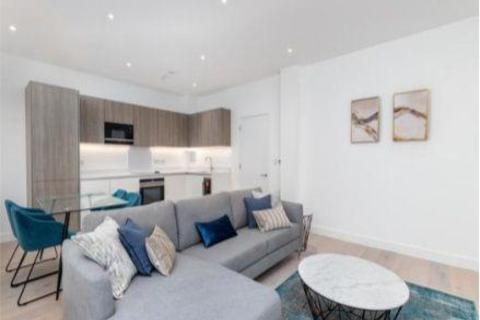 2 bedroom flat to rent - The Atelier, Sinclair Road, West Kensington, London, W14 0NL