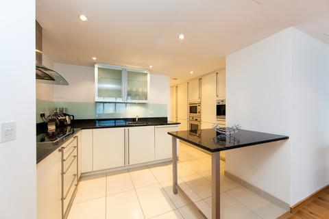 2 bedroom apartment to rent - No1. West India Quay, Hertsmere Road, Canary Wharf E14