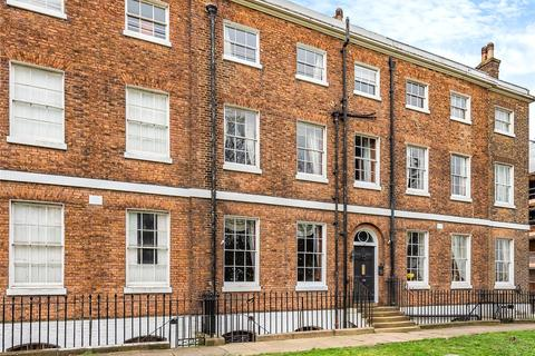 6 bedroom terraced house for sale - Naval Terrace, Sheerness Historic Dockyard, ME12