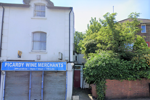 2 bedroom flat to rent - Picardy Road
