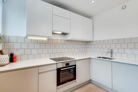 Studio to rent - Osborn House, Osborn Terrace SE3