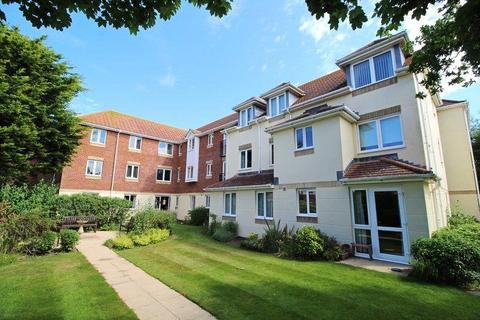 1 bedroom apartment for sale - Daniels Lodge, 5-11 Montagu Road, Highcliffe, Christchurch, BH23