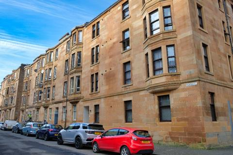 2 bedroom flat for sale - Bowman Street, Flat 3/1, Govanhill, Glasgow, G42 8LE