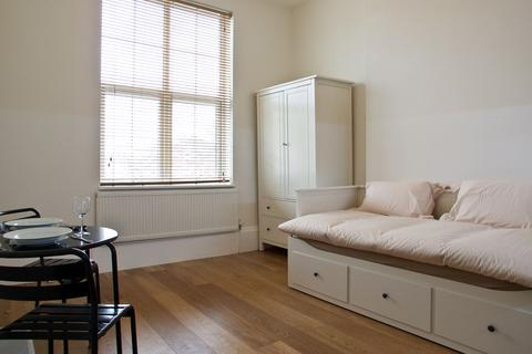 Studio to rent - 1b, Courtyard House, Rotherhithe New Road, Surrey Quays, SE16