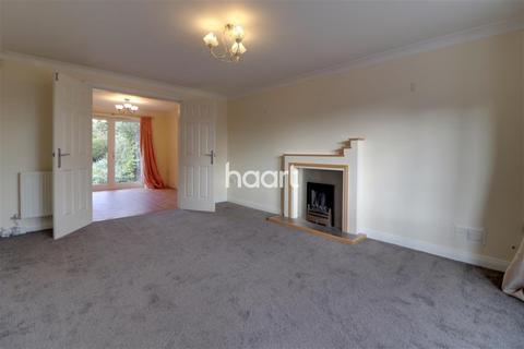 4 bedroom detached house to rent - Woodcote Way, Littleover. DE23