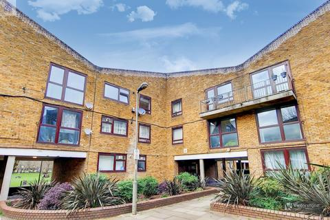 2 bedroom apartment for sale - Siward Road, Wandsworth, London, SW17