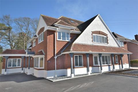 3 bedroom flat for sale - Browning Avenue, Southbourne