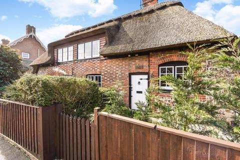 2 bedroom cottage for sale - Angmering, Nr Arundel