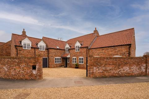 5 bedroom detached house for sale - Holt Farm Paddock