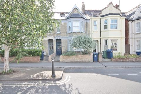 5 bedroom terraced house to rent - Divinity Road, Oxford, OX4 1LJ