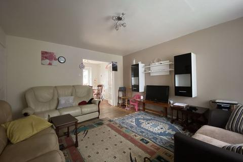 3 bedroom semi-detached house for sale - Woodlands View, Rochdale OL16 2UU