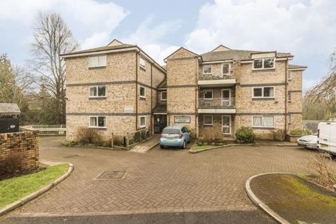2 bedroom apartment for sale - Stow Park Crescent, Newport - REF# 00012651