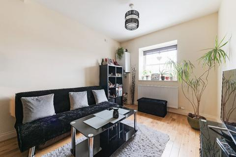 1 bedroom flat for sale - Tolworth Rise South, Surbiton