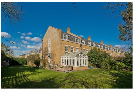 4 bedroom end of terrace house for sale - Clearwater Place, Surbiton, Surrey, KT6