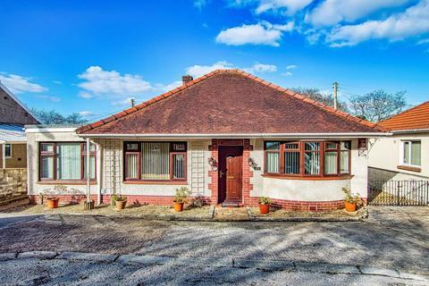 3 bedroom detached bungalow for sale - Cwmbach Road, Fforestfach, Swansea
