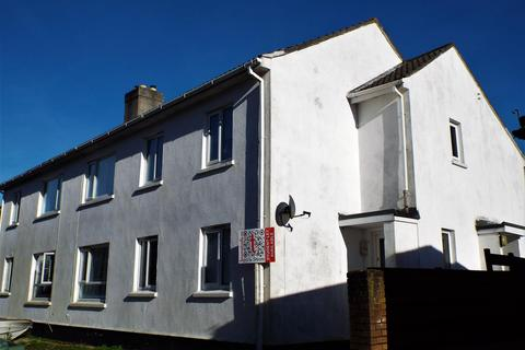 3 bedroom property to rent - Dracaena View, Falmouth