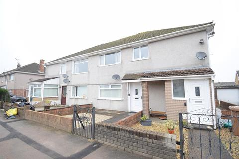 2 bedroom flat for sale - Porset Close, Caerphilly