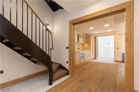 5 bedroom townhouse to rent - Romney Street, London, SW1P