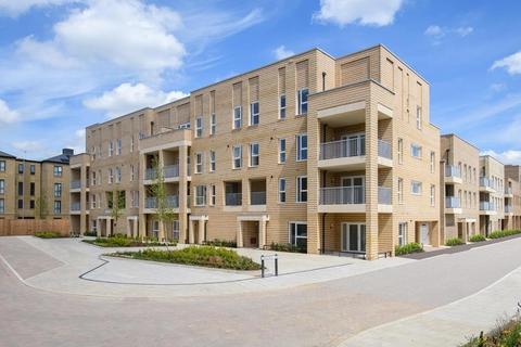 2 bedroom apartment for sale - Plot 182, Courtyard at Darwin Green, Lawrence Weaver Road, Cambridge, CAMBRIDGE CB3