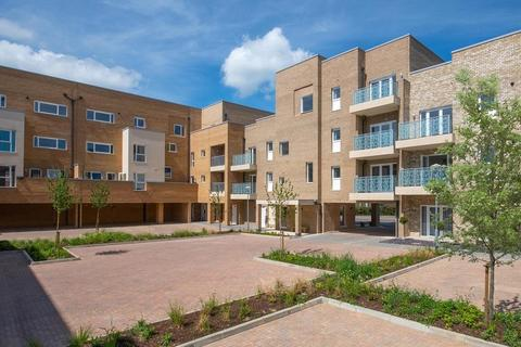 2 bedroom apartment for sale - Plot 198, Courtyard at Darwin Green, Lawrence Weaver Road, Cambridge, CAMBRIDGE CB3