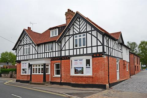 2 bedroom apartment to rent - Greyhound Mews, North Street, Pewsey, Wiltshire, SN9