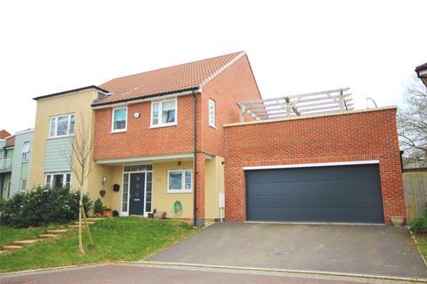 4 bedroom detached house for sale - Birdlip Road, Cheltenham, GL52