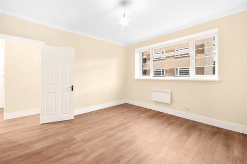 2 bedroom flat for sale - Poynders Court, Poynders Road, London, SW4