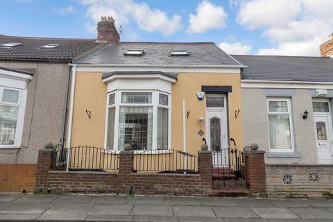 2 bedroom terraced house for sale - Greta Terrace, Barnes, Sunderland, Tyne and Wear, SR4 7RD