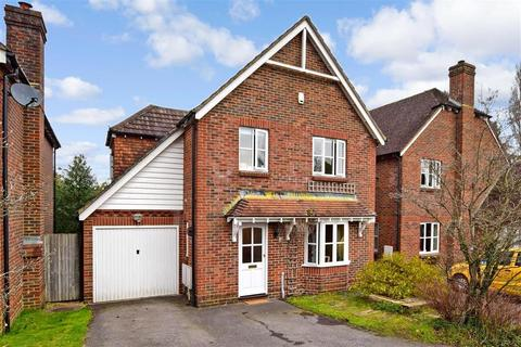 4 bedroom detached house for sale - Amberley Close, Storrington, West Sussex