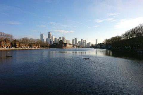 4 bedroom house to rent - Greenland Quay, London, SE16