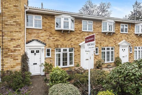 3 bedroom terraced house for sale - Regency Drive, West Byfleet, KT14