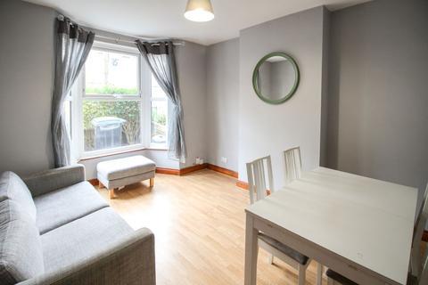3 bedroom terraced house to rent - Bruce Castle Road, London, N17