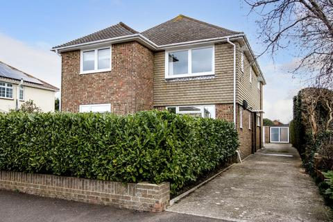 2 bedroom flat for sale - Nutley Crescent, Goring by Sea, Worthing BN12 4LB