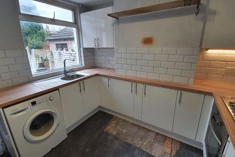 2 bedroom terraced house to rent - Brewery Road, Plumstead London SE18