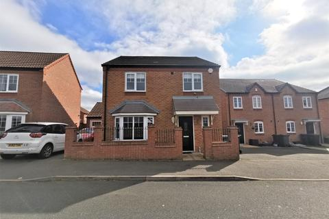 4 bedroom detached house to rent - Bartley Crescent, Northfield