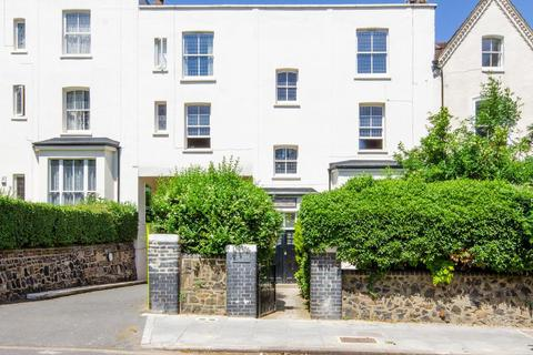 2 bedroom apartment for sale - Harcourt House, Haringey Park, London, N8