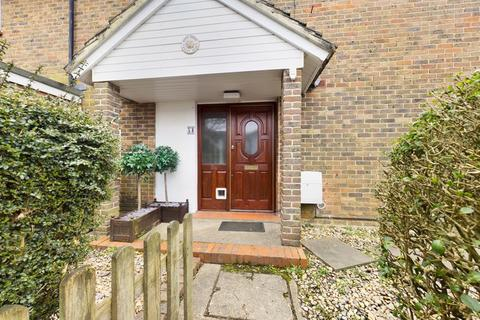 3 bedroom end of terrace house for sale - Northgate, Crawley