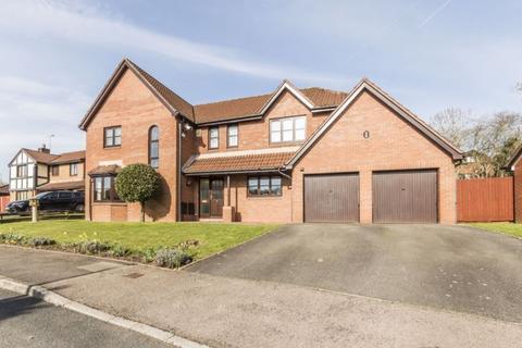 4 bedroom detached house for sale - Miller Close, Langstone - REF# 00013045