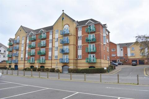 2 bedroom apartment for sale - Trawler Road, Maritime Quarter, Swansea, City And County of Swansea. SA1 1YH